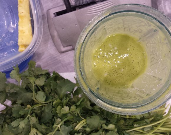 Pineapple Cilantro Smoothie