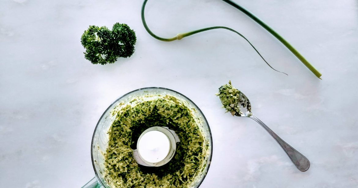 pesto from garlic scapes